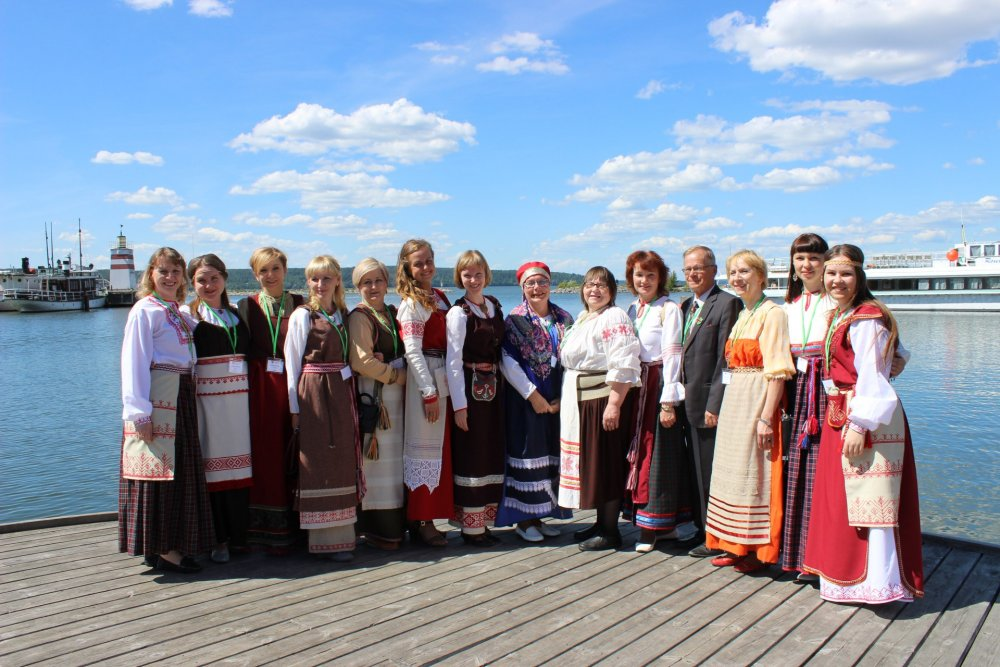 Finno-Ugric peoples of Karelia towards sustainable development